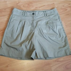 Brooks Brothers tan high waist pleated front short